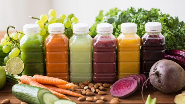 Sucos detox que ajudam a emagrecer